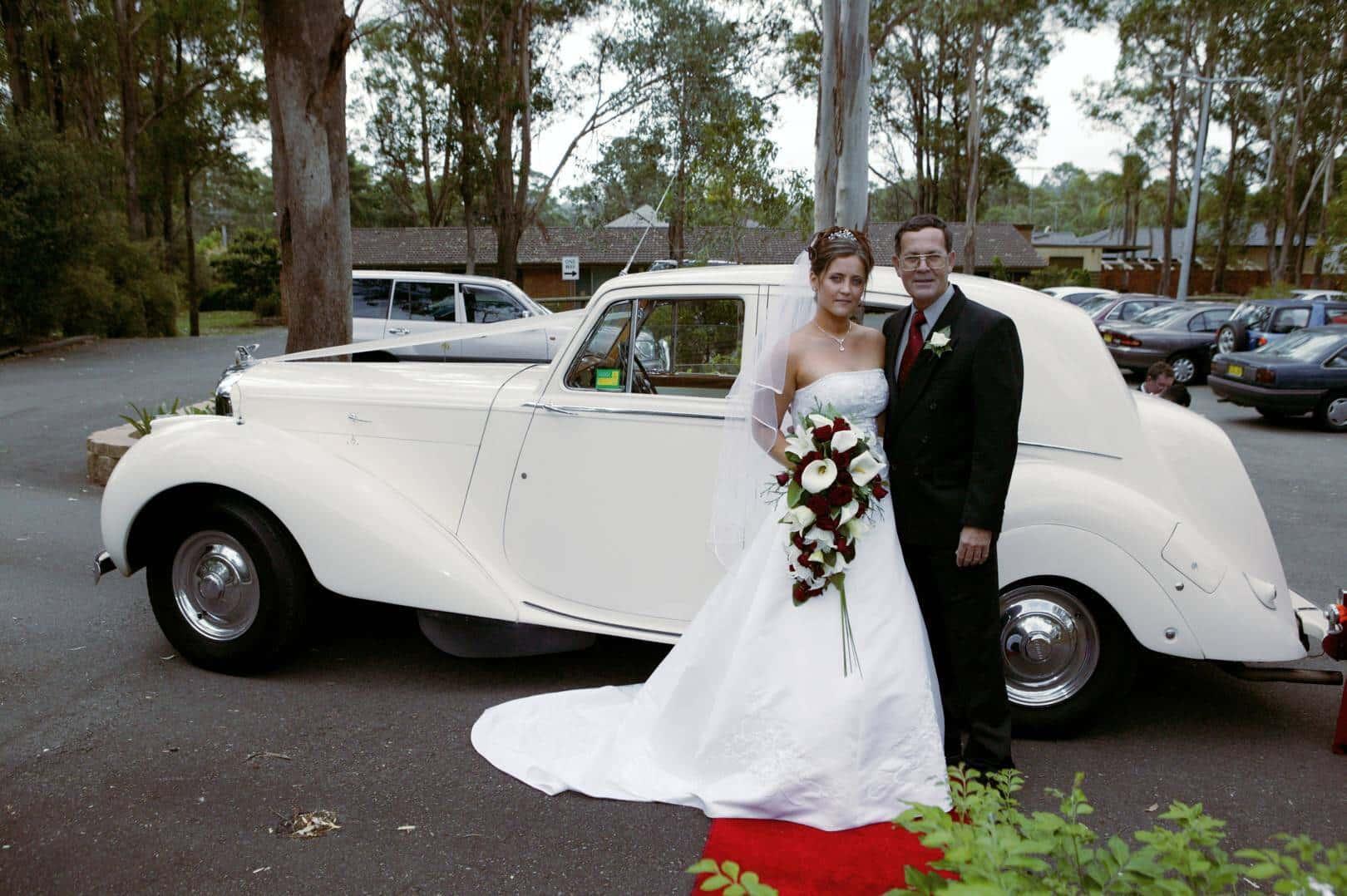 磊oz Limo Hire Sydney School Formal Cars Sydney Wedding